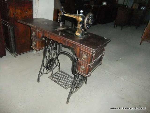 Antiquariato e restauro di mobili d 39 epoca e antichi a - Mobili per macchine da cucire ...