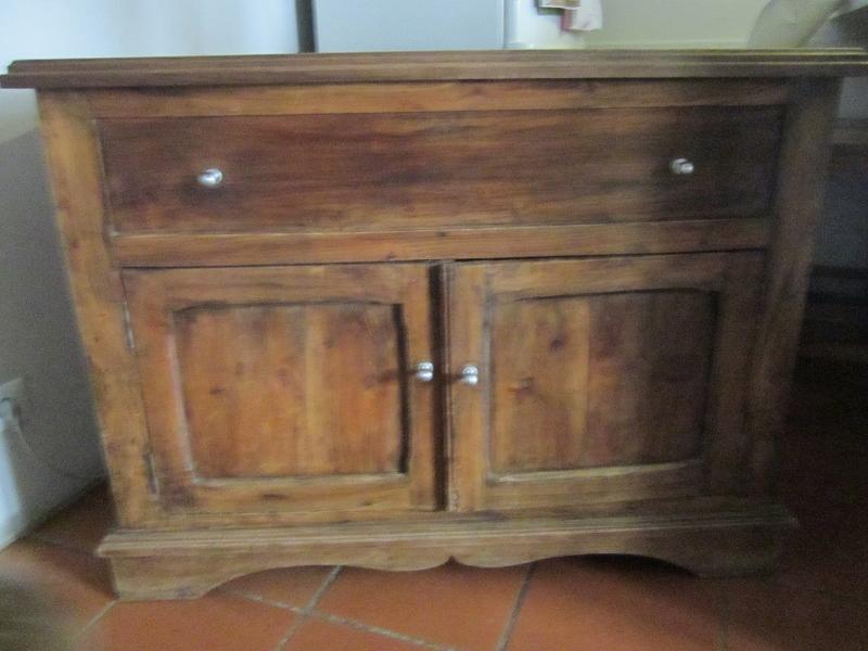Mobili vecchi in regalo trattamento marmo cucina for Regalo mobili cucina