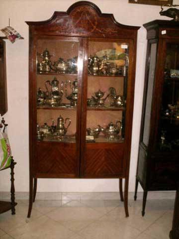 Antichit il tempo ritrovato antiquariato e restauro mobili antichi vetrine antiche vetrina - Immagini mobili antichi ...