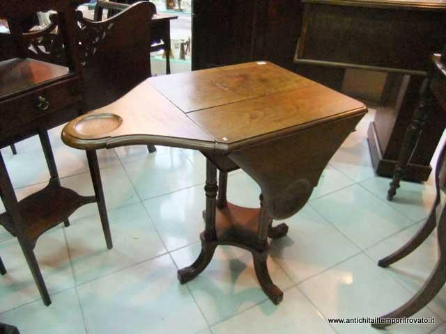 Antichit il tempo ritrovato antiquariato e restauro mobili antichi tavoli da gioco antichi - Tavoli da pranzo antichi ...