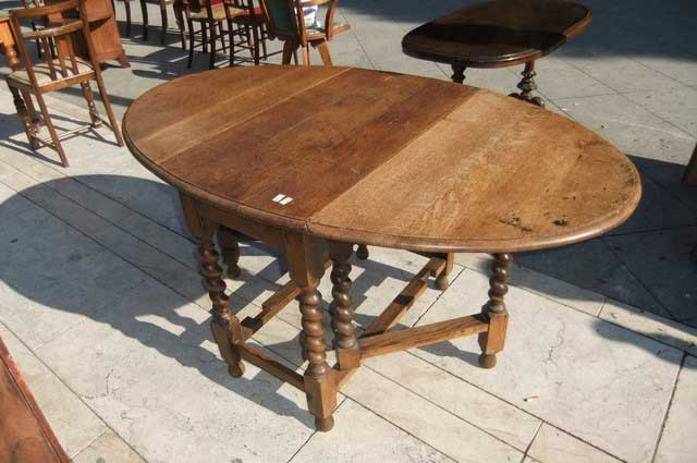 Antichit il tempo ritrovato antiquariato e restauro mobili antichi tavoli a bandelle - Tavoli ovali allungabili antichi ...