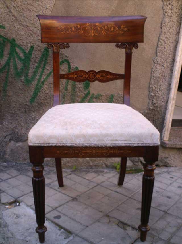 4 Sedie Antiche.Antichita Il Tempo Ritrovato Antiquariato E Restauro