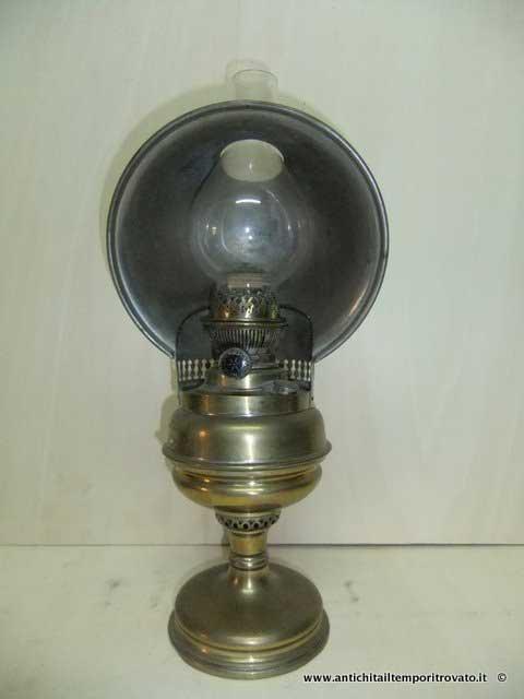 Oggettistica d`epoca - Lampadari e lampade Lampada antica a petrolio -  Lampada a petrolio ed3b21ab9b9