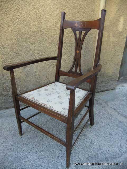 Antiquariato e restauro di mobili d 39 epoca e antichi a cagliari for Poltrona liberty