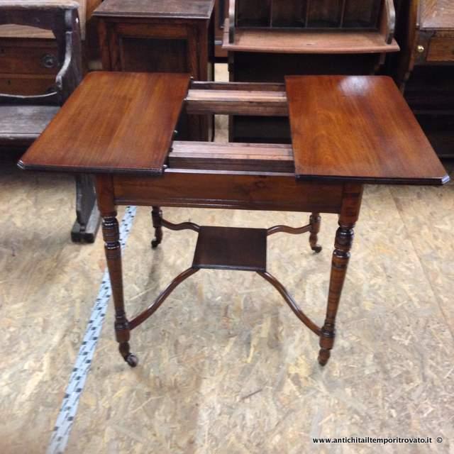 Antichit il tempo ritrovato antiquariato e restauro - Tavolo piccolo allungabile ...
