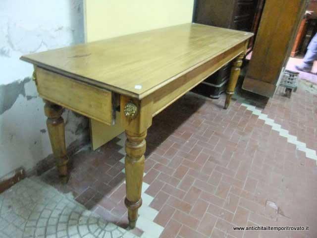 Tavolo Antico Rettangolare.Tavolo Antico Rettangolare Lampade Design Da Tavolo