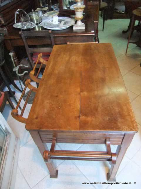 Antichit il tempo ritrovato antiquariato e restauro for Tavolini da ufficio