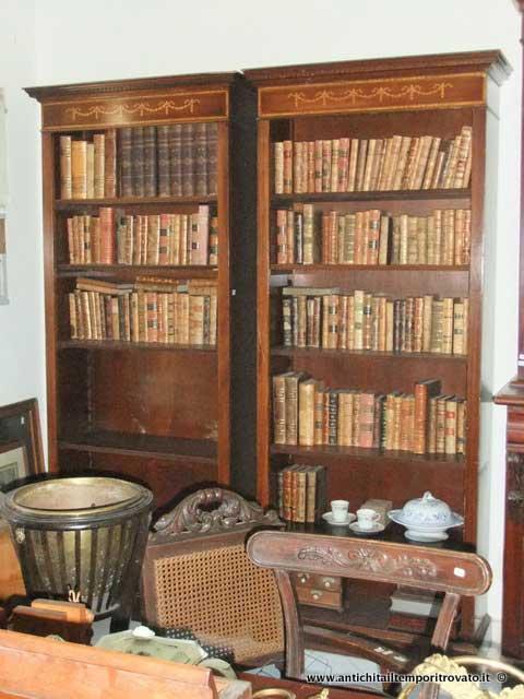 Libreria Antica In Legno.Antichita Il Tempo Ritrovato Antiquariato E Restauro Mobili