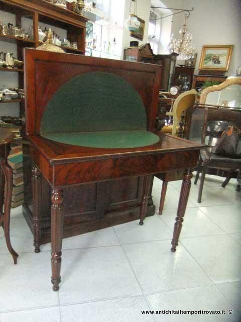 Antichit il tempo ritrovato antiquariato e restauro mobili antichi tavoli da gioco antichi - Tavoli gioco per bambini ...