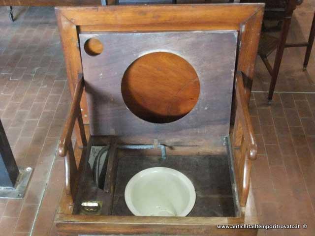 Mobili e oggetti antichi restauro mobili antichi genova for Acquisto mobili antichi napoli