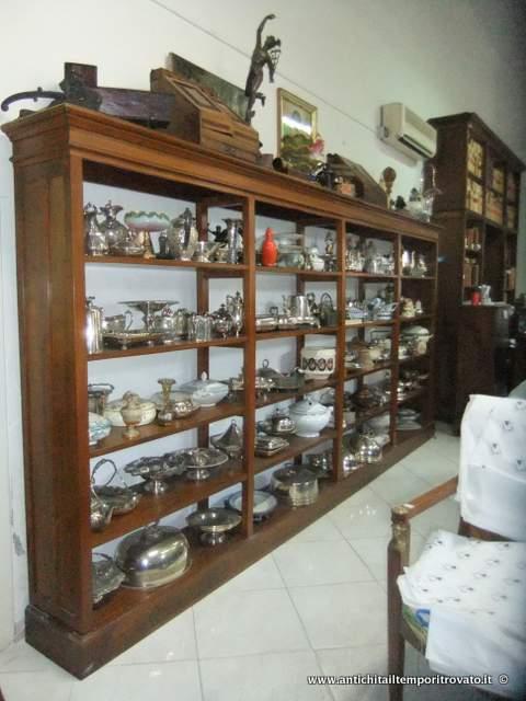 Antichit il tempo ritrovato antiquariato e restauro for Scaffalatura libreria