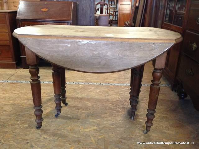Tavolo Allungabile 4 Metri.Antichita Il Tempo Ritrovato Antiquariato E Restauro Mobili