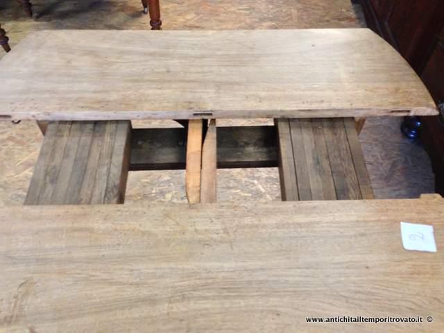 Antichit il tempo ritrovato antiquariato e restauro for Tavoli allungabili fino a 3 metri