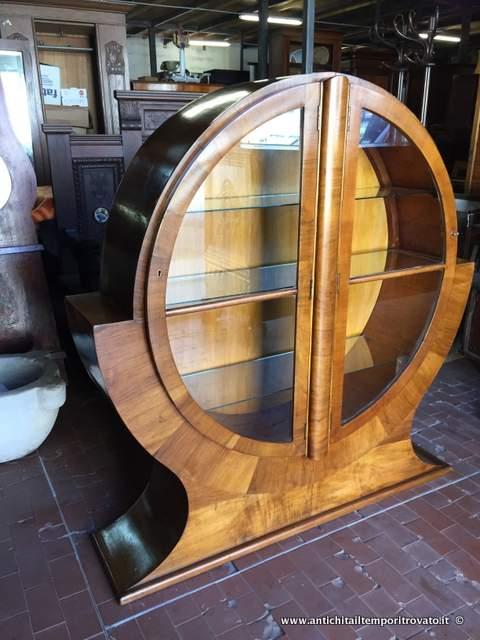 Antichit il tempo ritrovato antiquariato e restauro mobili antichi vetrine antica vetrina - Mobili art deco ...