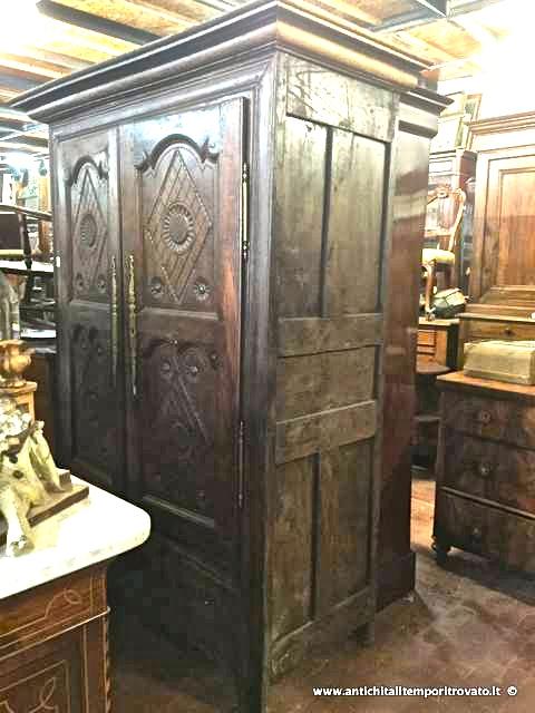 Antichit il tempo ritrovato antiquariato e restauro home for Vendita mobili da restaurare