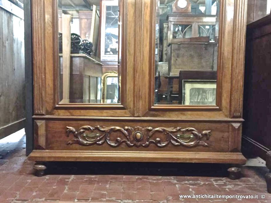 ... Antico armadio porta biancheria Armadio francese in massello di noce