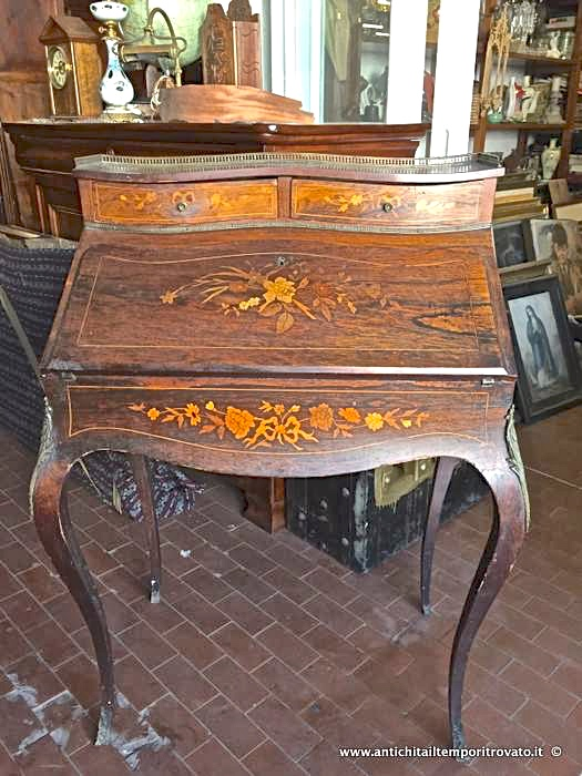 antichit il tempo ritrovato antiquariato e restauro mobili antichi bureau e trumeau. Black Bedroom Furniture Sets. Home Design Ideas
