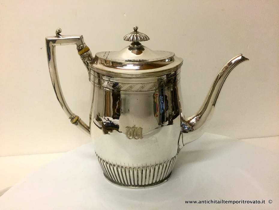Antica cafferttiera in silver plated - Caffettiera in silver plated