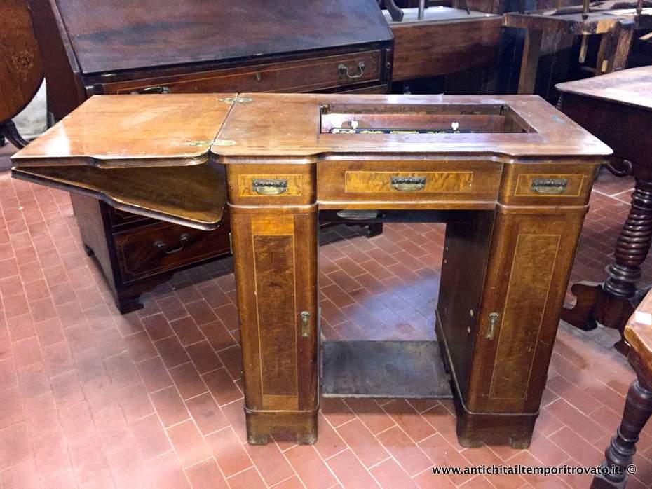 Antichit il tempo ritrovato antiquariato e restauro oggettistica d epoca bronzo ottone - Tavoli per macchine da cucire ...