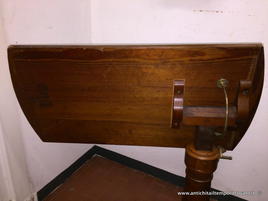 Antichit il tempo ritrovato antiquariato e restauro mobili antichi tavoli e tavolini antico - Tavoli da letto ...