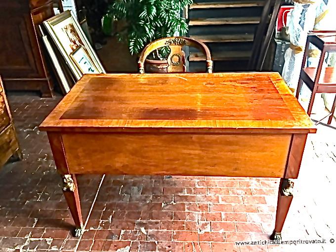 Antichit il tempo ritrovato antiquariato e restauro mobili antichi scrivanie e scrittoi - Mobili in stile francese ...