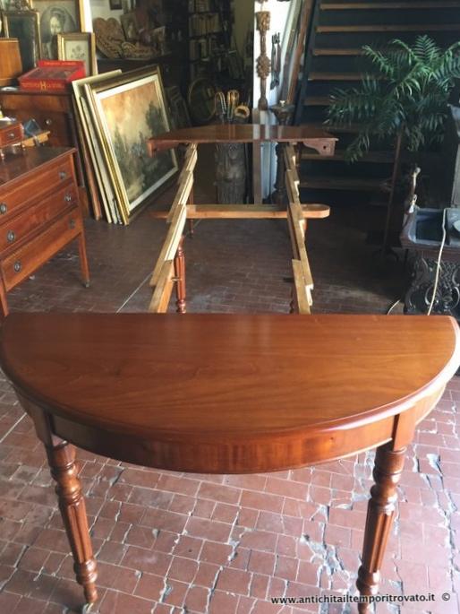 Tavolo Allungabile Antico Da Restaurare.Antichita Il Tempo Ritrovato Antiquariato E Restauro Mobili