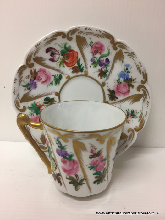 Antica tazza francese in limoges - Tazza dell`800 con decori floreali
