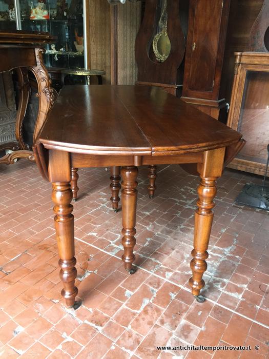 Antichita Il Tempo Ritrovato Antiquariato E Restauro Mobili Antichi Tavoli Allungabili Antico Tavolo A Bandelle Ovale Allungabile Tavolo Ovale In Noce M 2 50