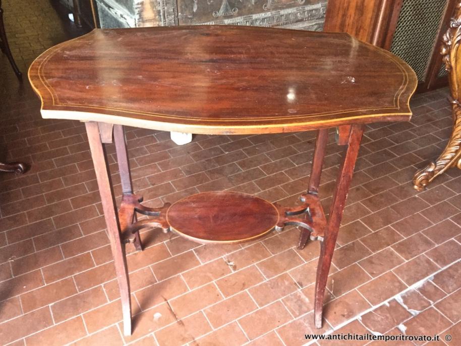 Antichita Il Tempo Ritrovato Antiquariato E Restauro Mobili Antichi Tavoli E Tavolini