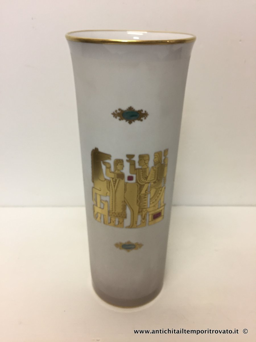 Vaso Morbelli Arte con incisioni in oro all'acquaforte - Vaso vintagebelli in porcellana decorato in oro 24 Kt.